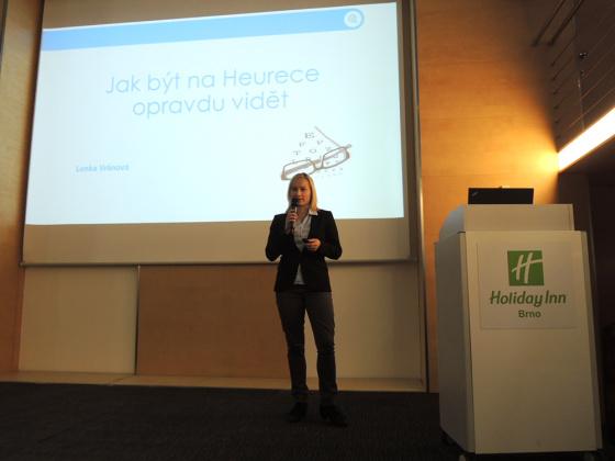 Lenka Vránová byla jedním z přednášejících. Ukázala nám jak být více vidět na Heurece.