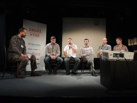 Tradiční závěrečná panelová diskuze přednášejících.